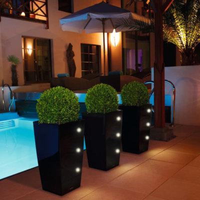 Pflanzgefäße auch mit LED