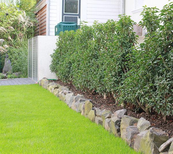 Bepflanzung einer Gartenanlage